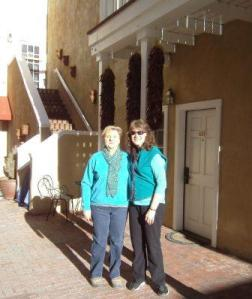 Great minds think alike. Both of us in Turquoise.