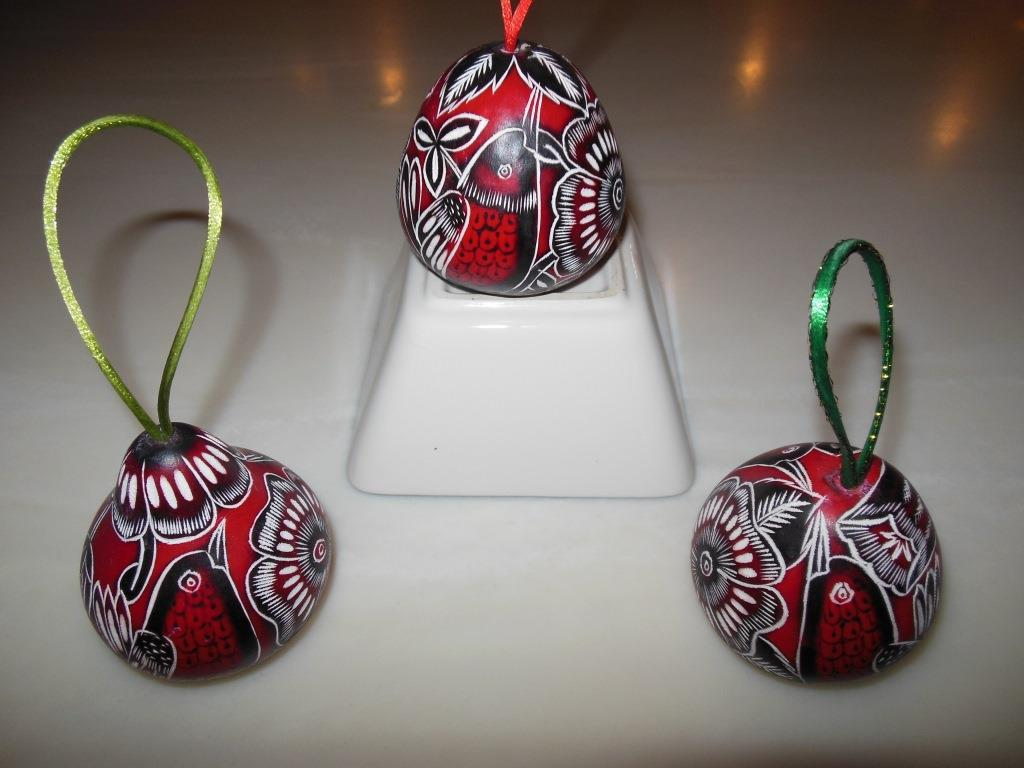 Peruvian christmas ornaments - All Of The Ornaments Depict Peruvian Nature By Showing Local Birds Butterflies And Flowers Take One Or More Home With You To Adorn Your Holiday Tree